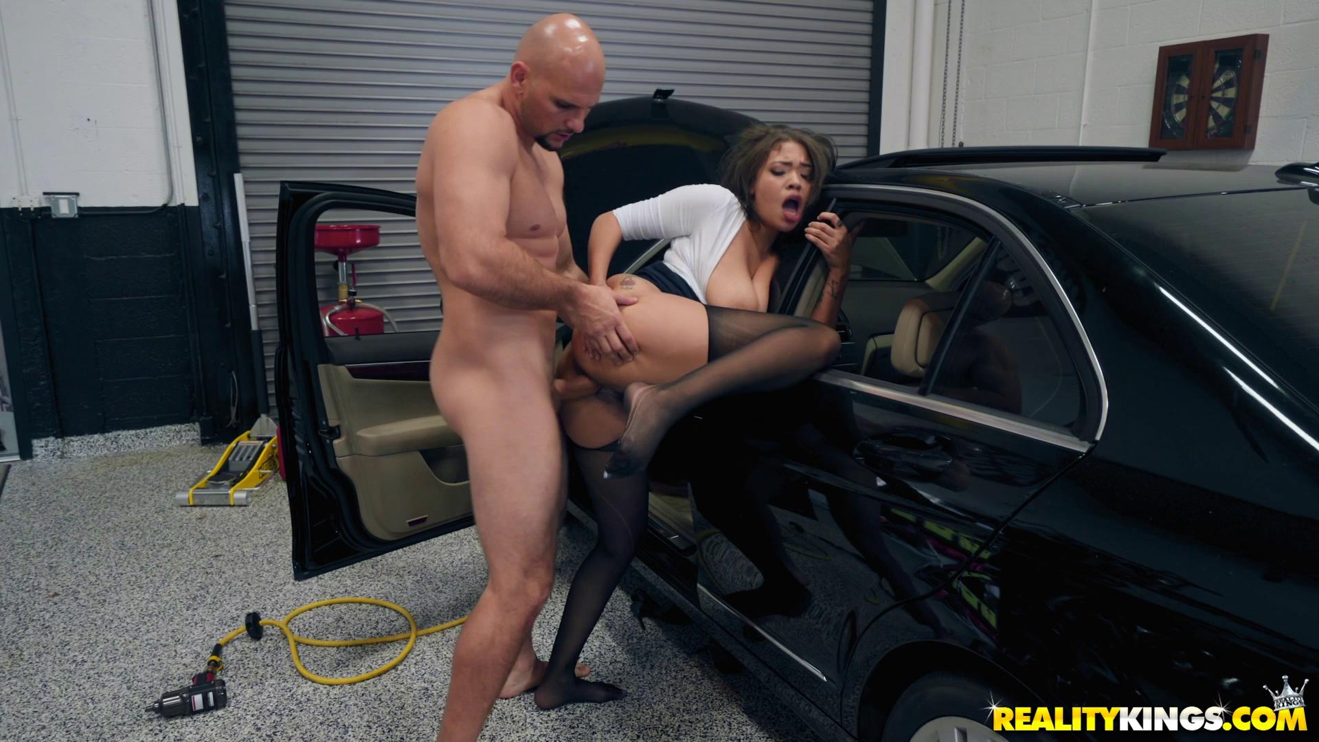 Cassidy Banks My Mechanic Fucked My Wife
