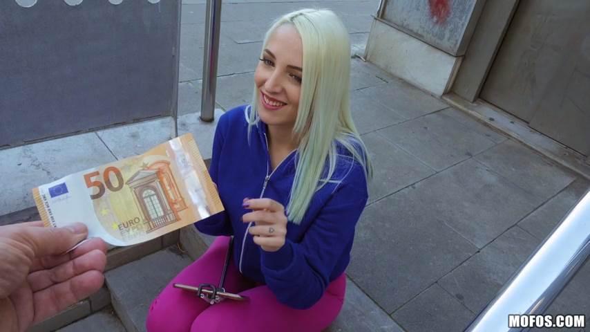 [PublicPickUps] Liz Rainbow – Tasting Ms. Rainbow